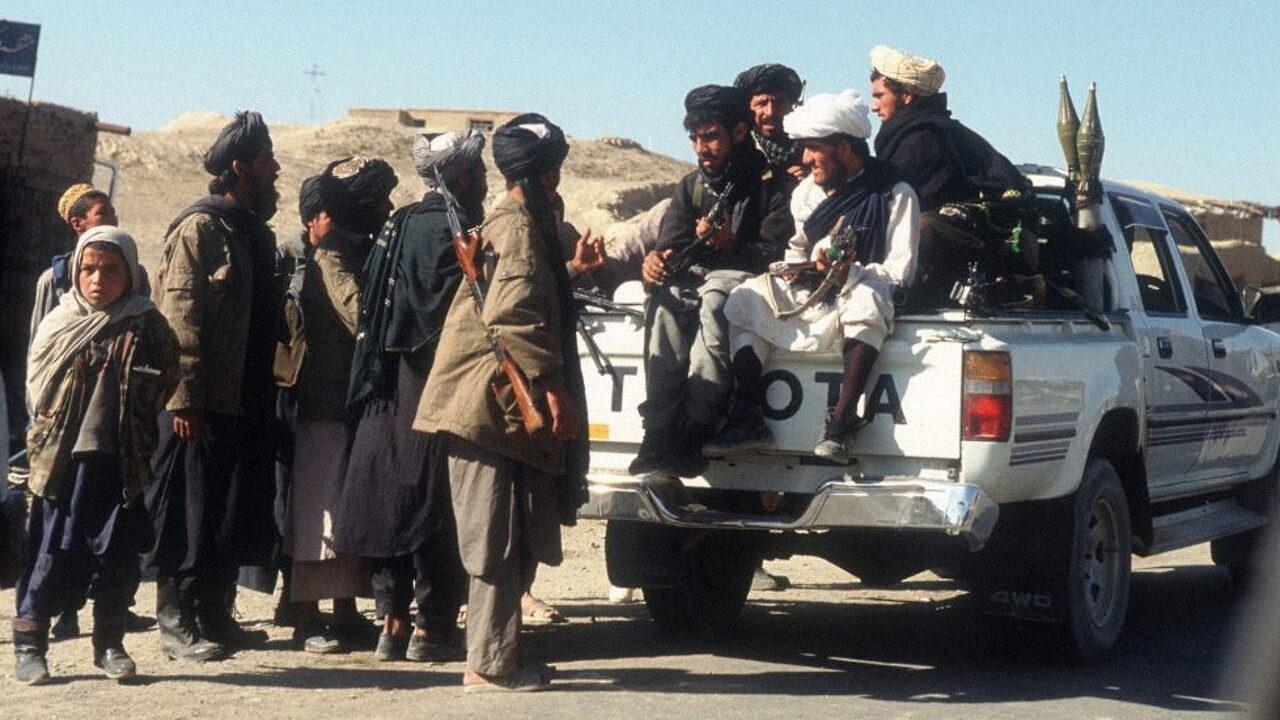 Почему Россия и Китай дружат с талибами и как это связано с автомобилями