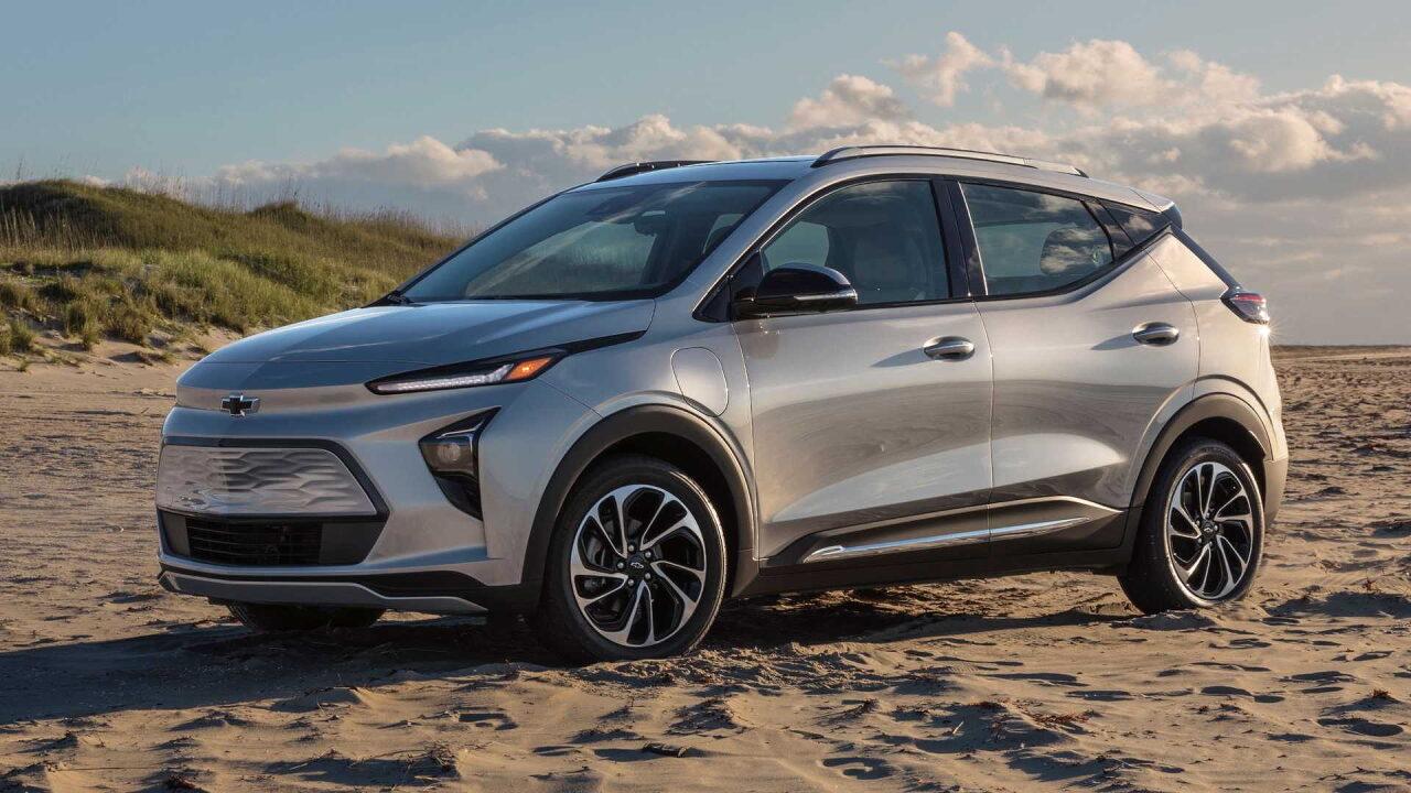 Владельцы Chevrolet Bolt EV требуют от General Motors выкупить их электромобили