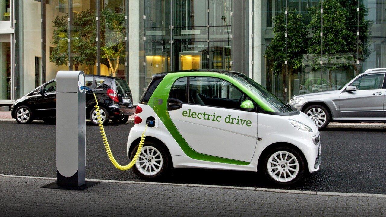 В Норвегии могут ввести налог на роскошь, что положит конец популярности электромобилей