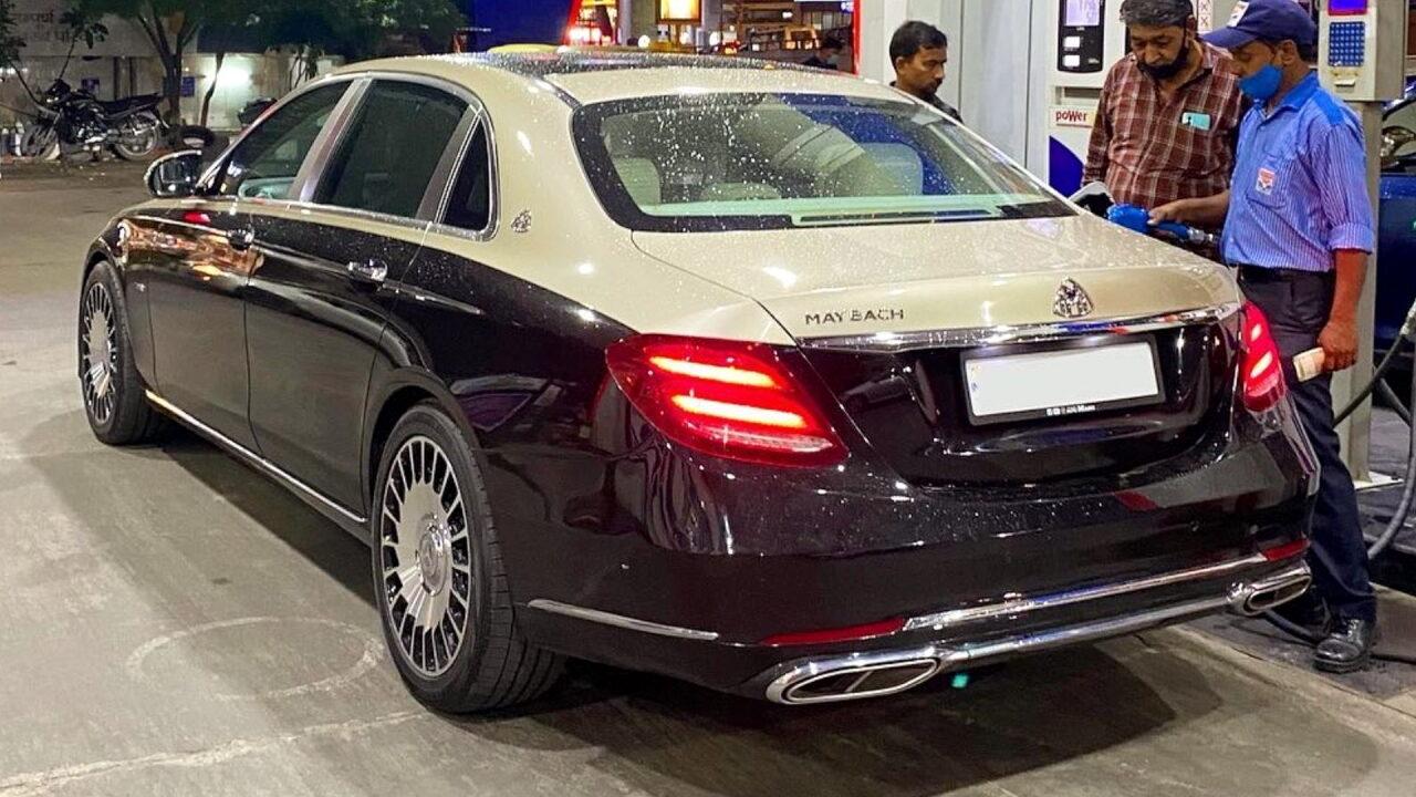 Превратить обычный Mercedes-Benz E-Class в Maybach можно всего за 00