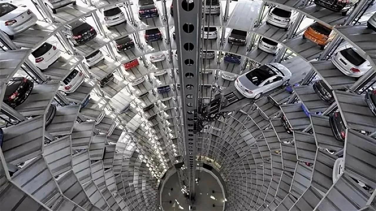 Завод Volkswagen в Вольфсбурге