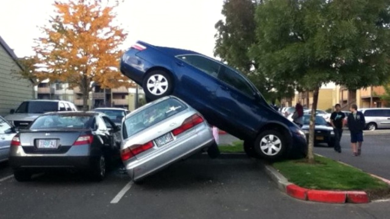 Нелепая авария ДТП