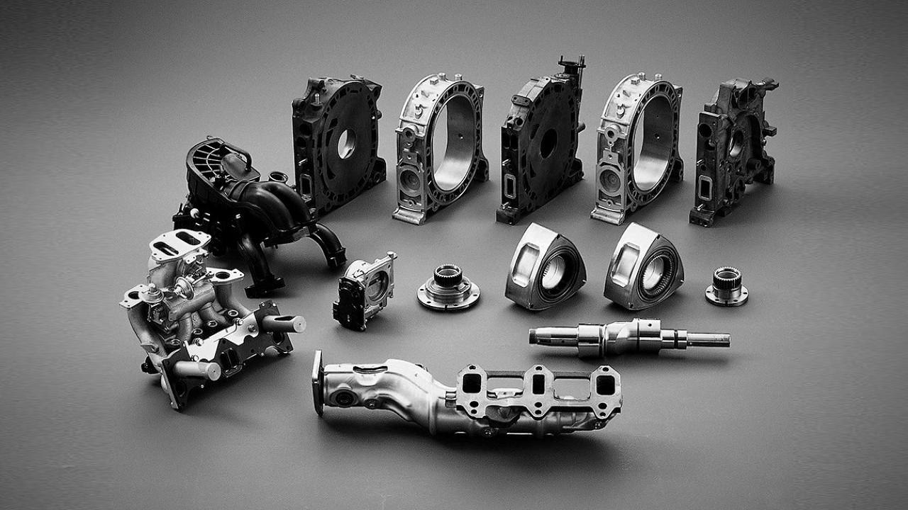 Роторно-поршневой  двигатель Mazda