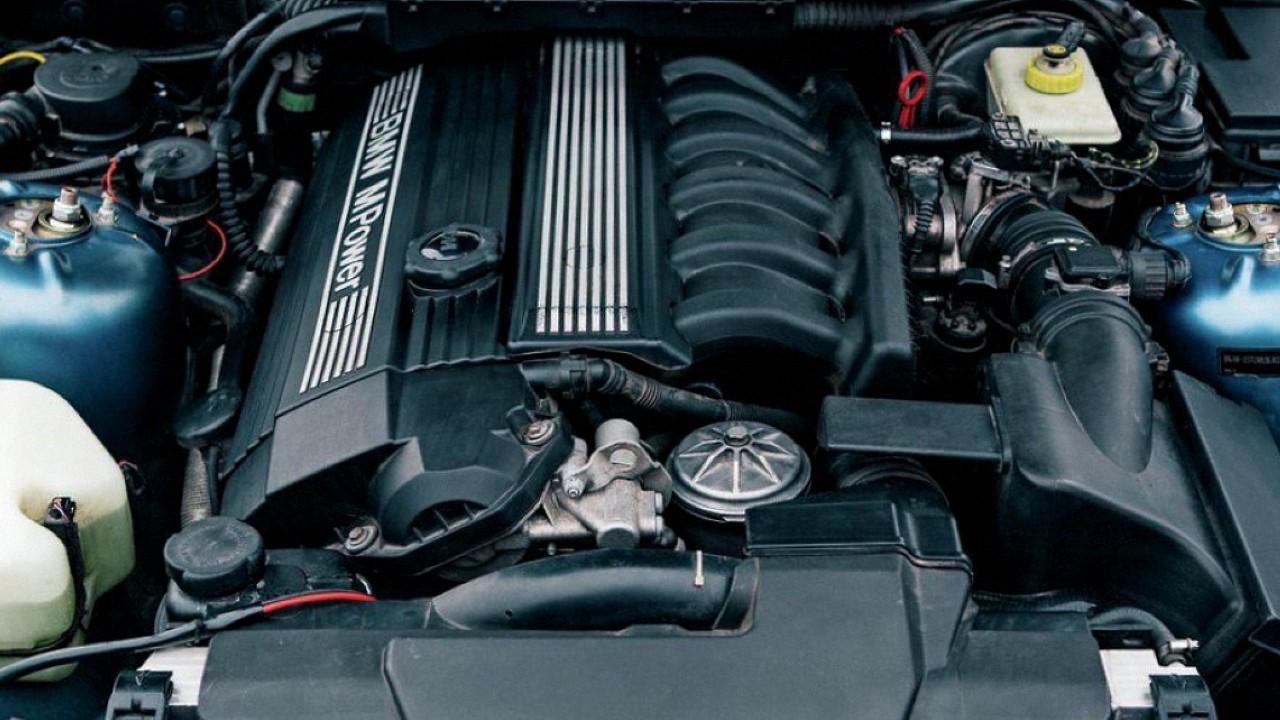 Двигатель БМВ S50B32