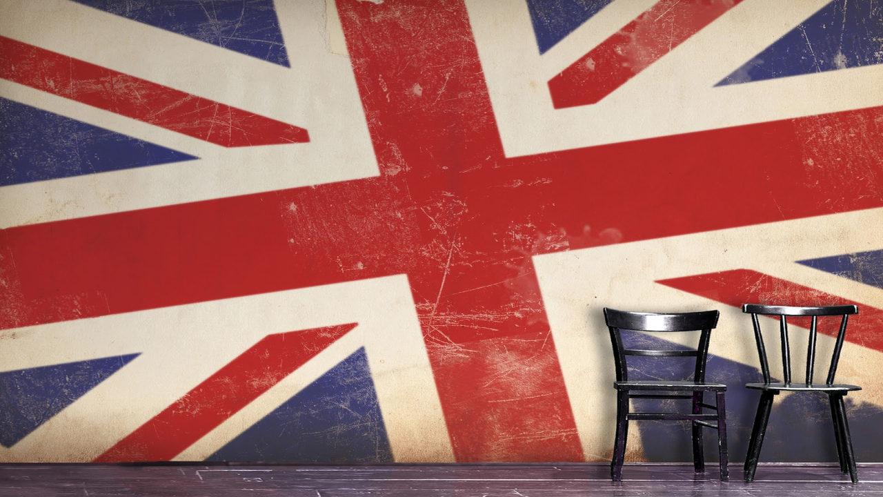 Британский флаг на стене